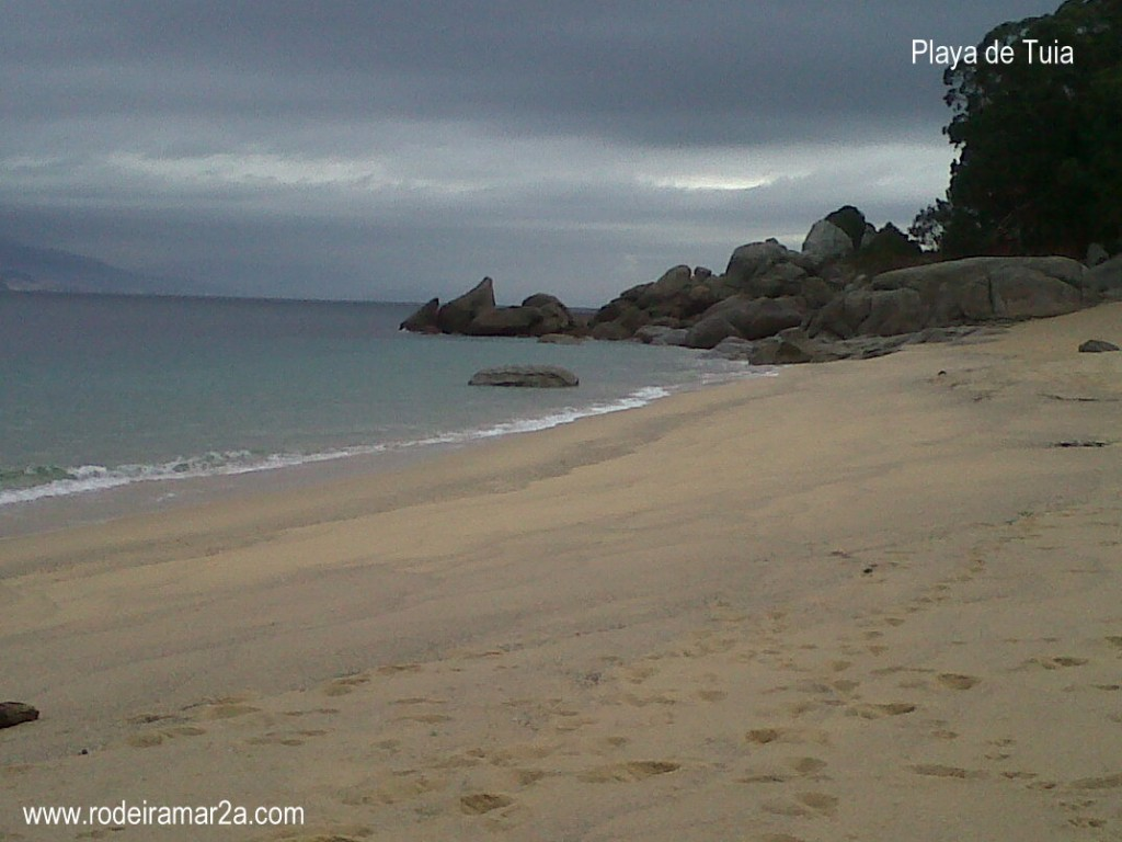 playa de cabo udra en bueu rias baixas