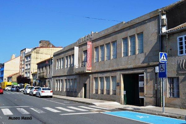 Fachada del Museo Massó de Bueu