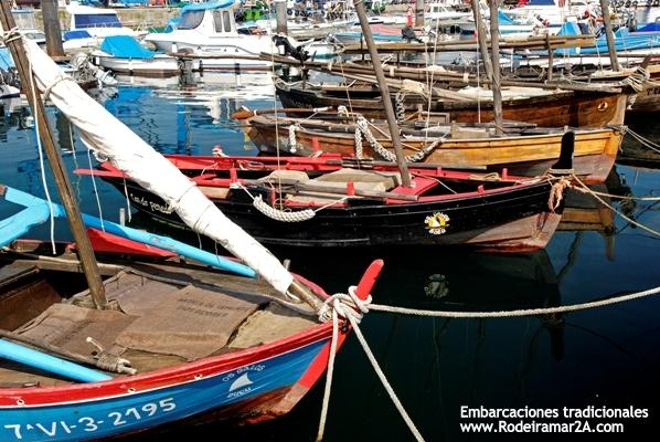 Asociación Os Galos. Embarcaciones tradicionales. Bote polbeiro de Bueu