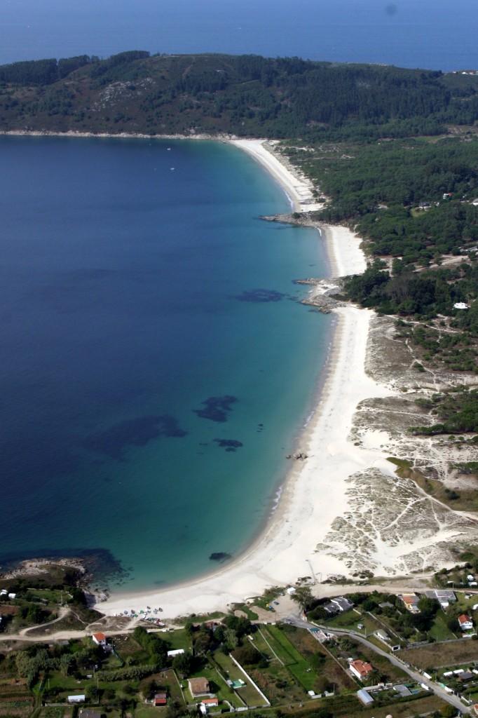 Playas de las Rias Baixas, playa de nerga, playa de viñó, playa nudista de barra