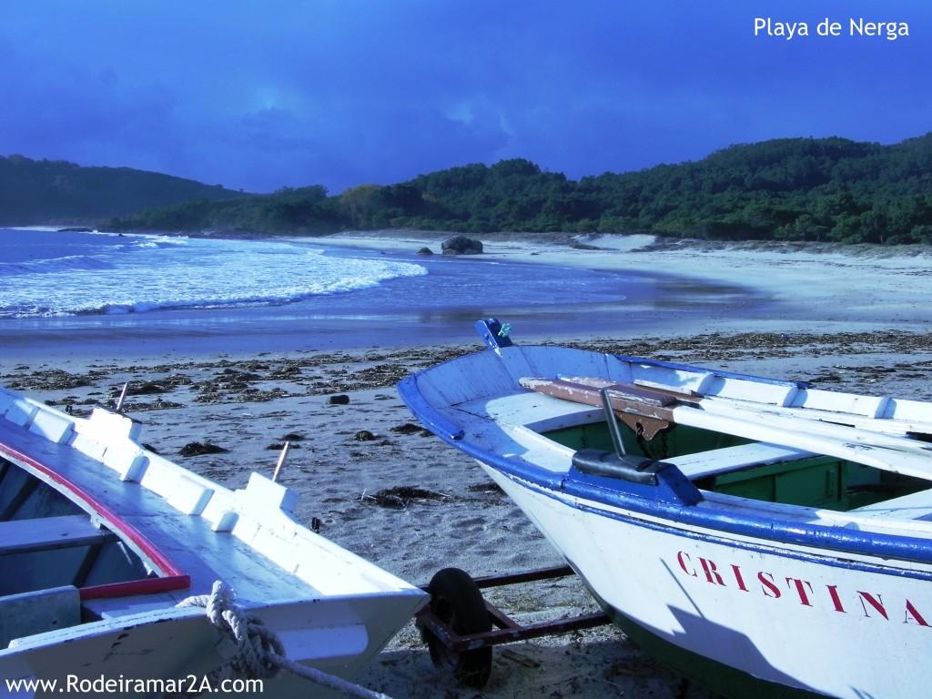 Embarcaciones tradicionales; Gamelas en la Playa de Nerga.