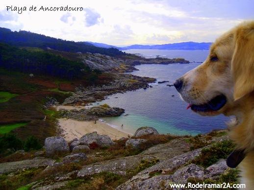 Playa de Ancoradouro, Cabo Udra Bueu, en las Rias Biaxas de Galicia