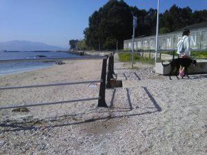 Playa para perros en Cangas do Morrazo, en las Rías Baixas de Galicia, A Cunchiña. Panorámica